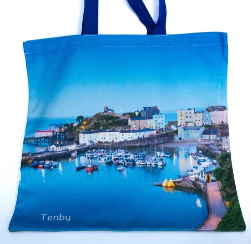 reverse of bag with a beautiful blue twilight image of Tenby at high tide